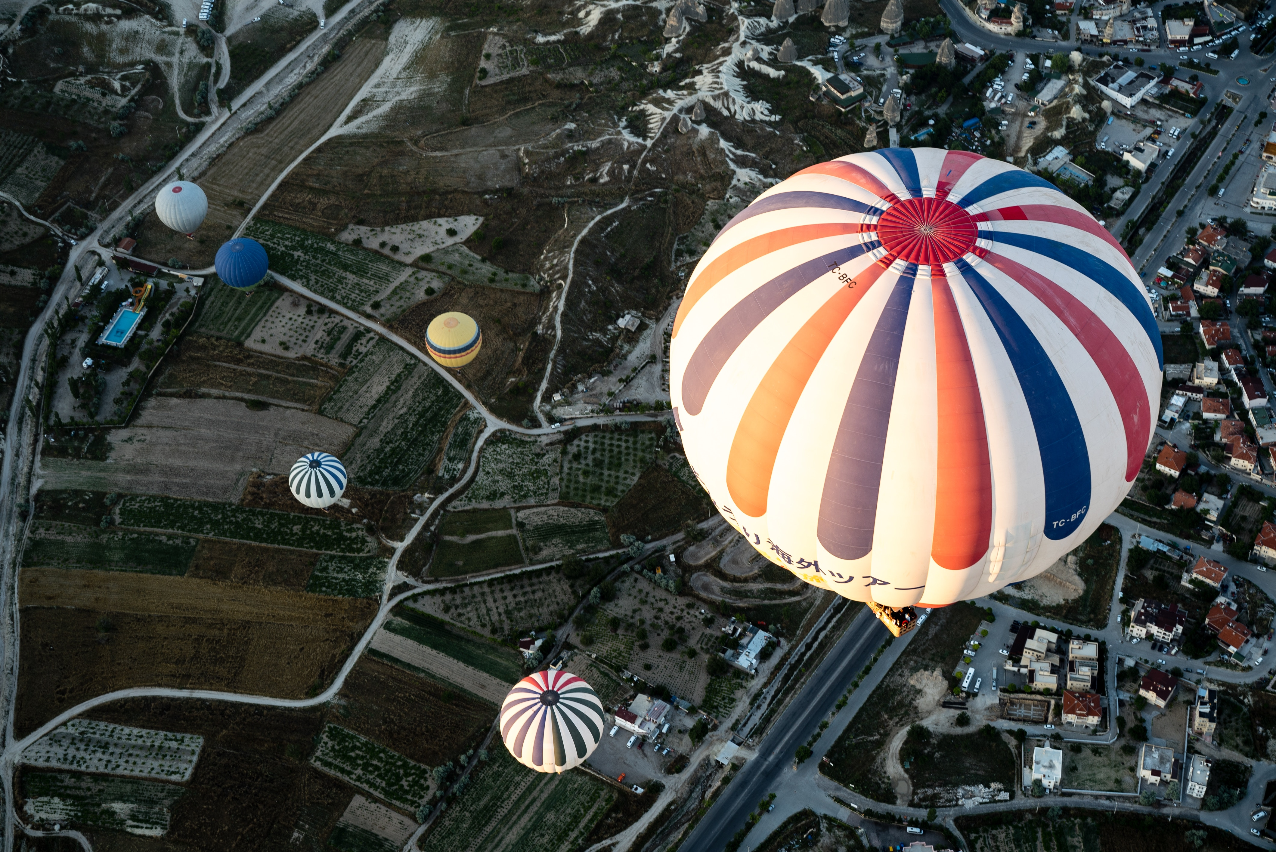 hot air balloon unconstrained fixed income investing